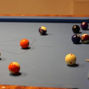 Eine Partie 8-Ball
