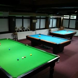 Snookertisch und Pooltische 1 und 2